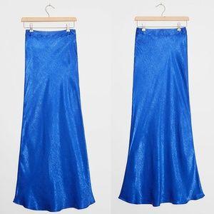 NWT Anthro   Hutch Isla Satin Maxi Skirt XS Petite